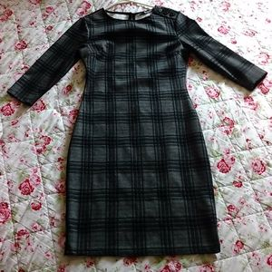 Suzy Shier midi dress